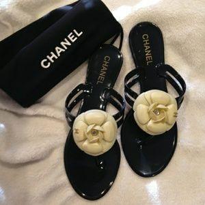 Camelia jelly sandals